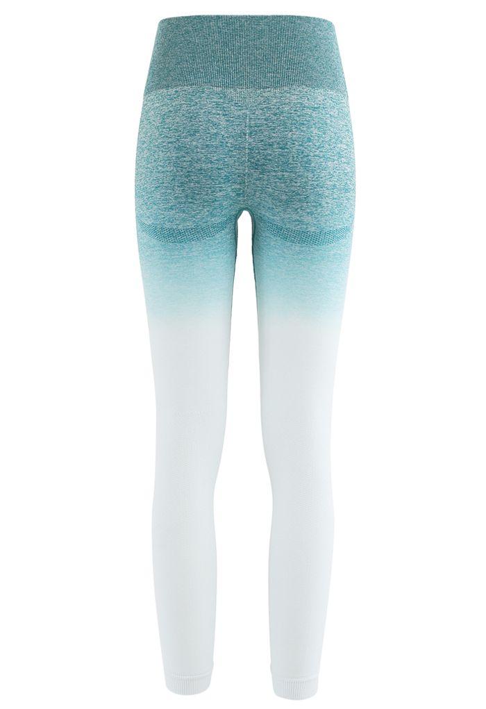Gradient Medium-Impact Sports Bra and High-Rise Ankle-Length Leggings Set in Green