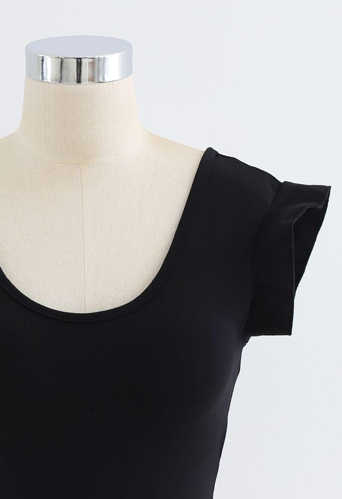 Ruffle Sleeves Scoop Neck Low-Impact Sports Bra in Black