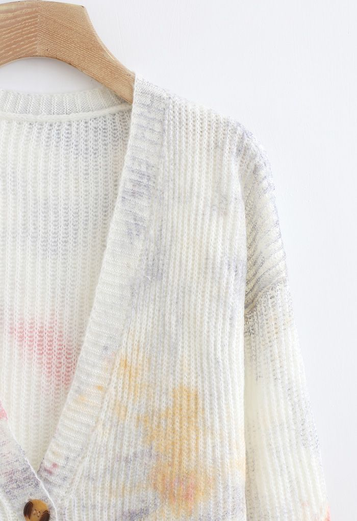 Horn Button Multicolored V-Neck Knit Cardigan