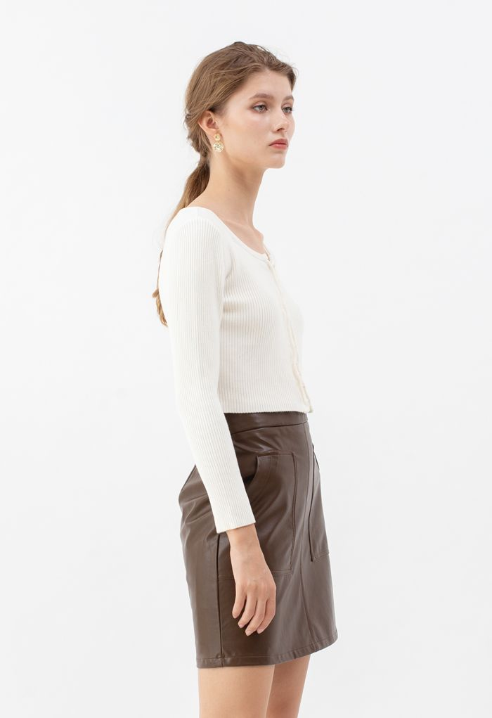 Ribbed Knit Buttoned Crop Top in White