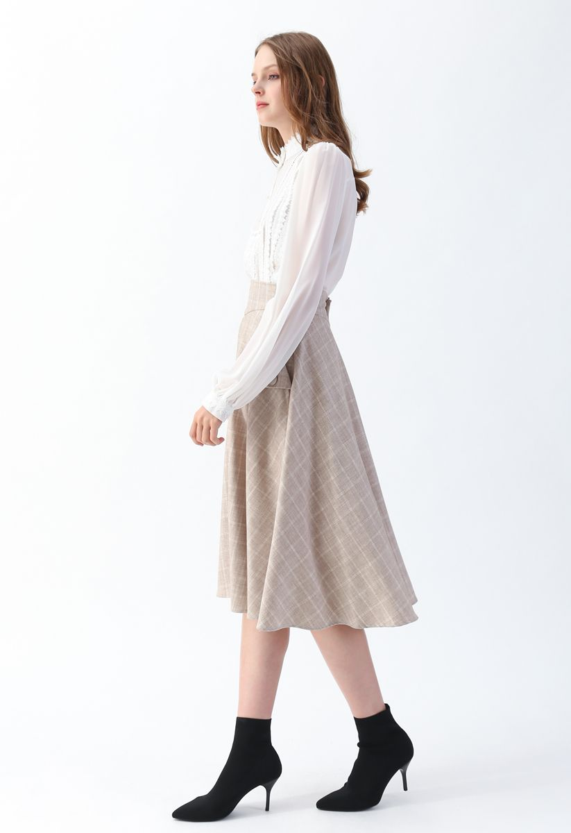 Mock Neck Front Crochet Top in White