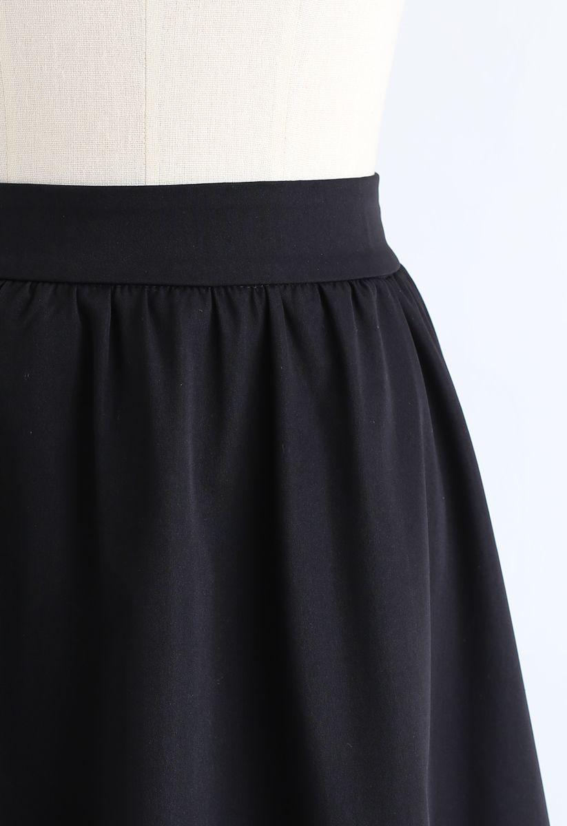 Simple A-Line Midi Skirt in Black