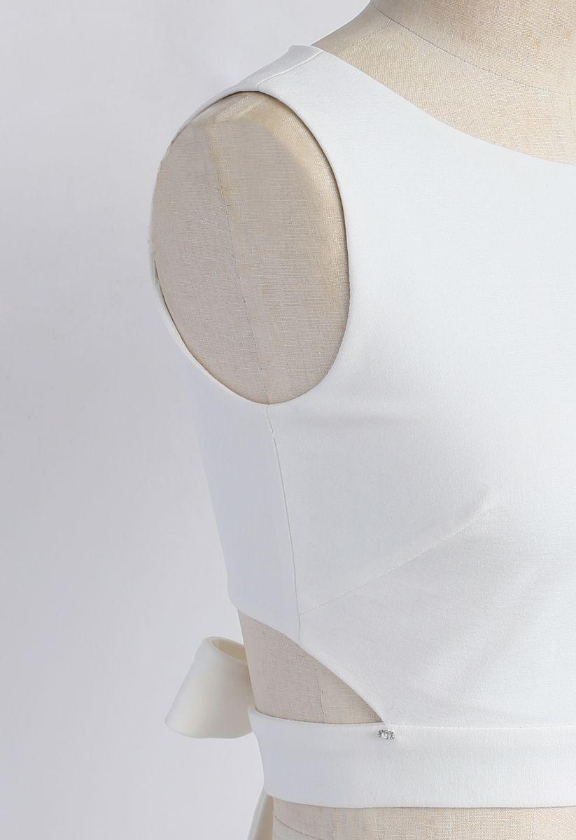 A Fan of Bowknot Crop Top in White