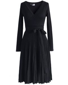 Embrace a Lithe Knitted Dress in Black